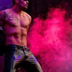Stripteaseur Nantes à domicile