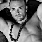Stripteaseur Paris Orel 75