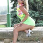 Stripteaseuse Arles Lara