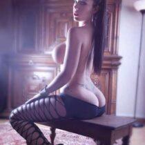 Stripteaseuse Aix-en Provence Bouches-du-Rhone Angela