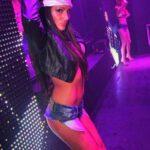 Stripteaseuse Valenciennes enterrement de vie de jeune garçon
