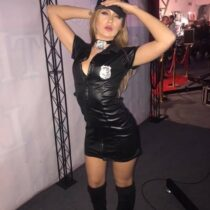 Stripteaseuse Metz